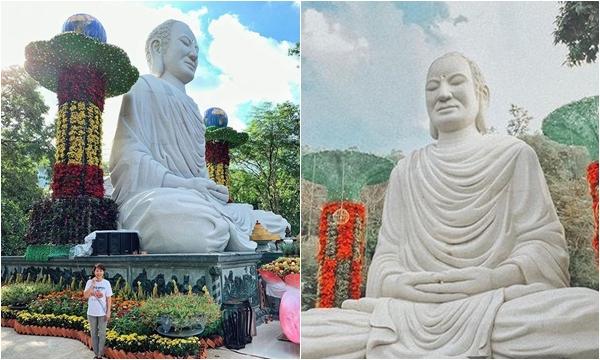 """Đẹp ngỡ ngàng Tượng Phật Thích Ca Mâu Ni """"khổng lồ"""" tọa lạc trên núi ở Vũng Tàu"""