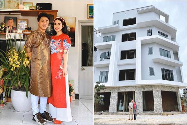 Sau tin đồn sinh con cho nhà đại gia, Hòa Minzy khoe tậu biệt thự cho bố mẹ bằng tiền tiết kiệm