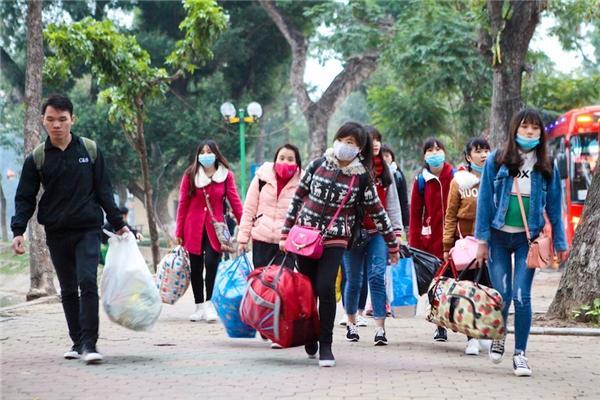 Gần 40 trường đại học, học viện cho sinh viên nghỉ Tết dài hơn để phòng chống dịch Corona