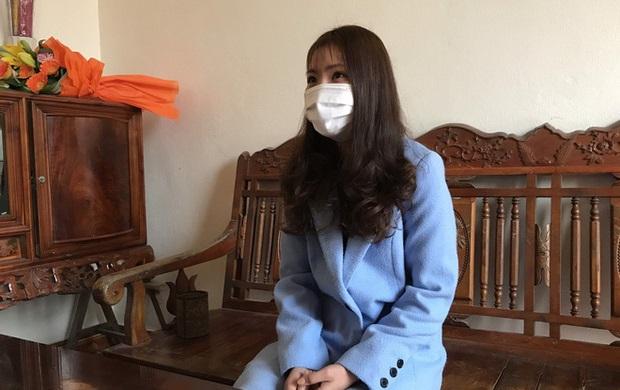 Được xuất viện về quê, cô gái nhiễm virus Corona thu mình trong phòng cách ly với mọi người