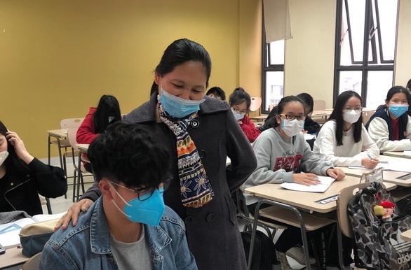 Hàng loạt trường đại học tăng thời gian nghỉ học lên 2 tuần để đẩy mạnh phòng dịch Corona