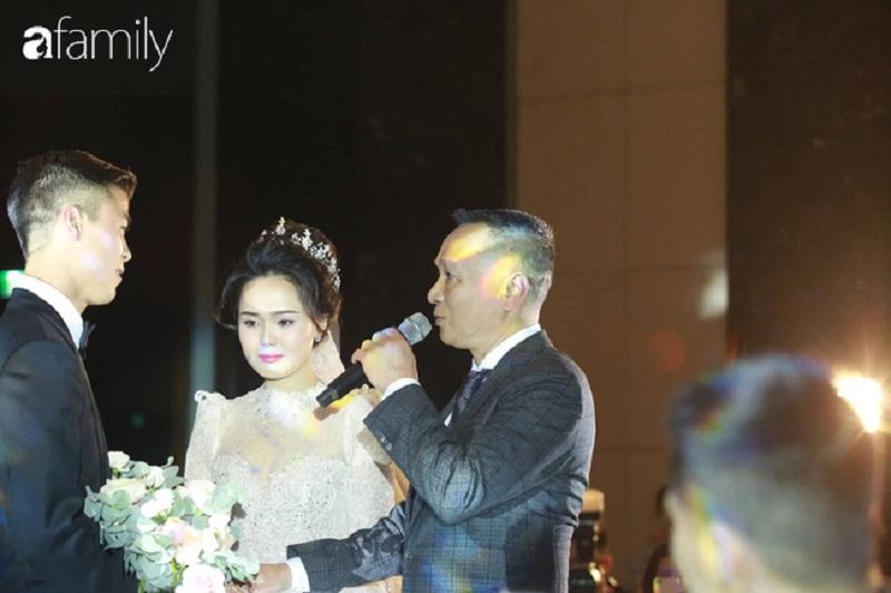 Quỳnh Anh đăng status đầu tiên sau đám cưới cổ tích nhưng mảy may không nhắc đến Duy Mạnh