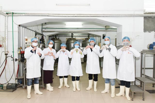 ĐH Bách khoa Hà Nội sắp phát 4.000 lít dung dịch sát khuẩn hỗ trợ cán bộ, sinh viên phòng chống Covid-19
