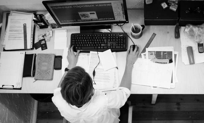 Điều hành công ty đầu tiên khi khởi nghiệp đầy khó khăn năm 16 tuổi, CEO trẻ rút ra 7 bài học quý giá
