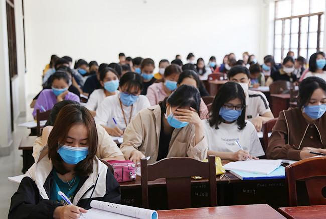 Các trường chuyên huỷ kỳ thi học sinh giỏi THPT do lo ngại dịch Covid-19