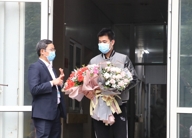 Bệnh nhân thứ 18 mắc Covid-19 ở Việt Nam xuất viện
