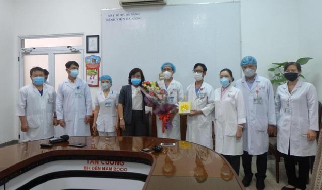 """Đội ngũ bác sĩ Đà Nẵng điều trị thành công cho 3 bệnh nhân Covid-19: """"Chúng tôi cũng lo lắng nhưng không lo sợ"""""""