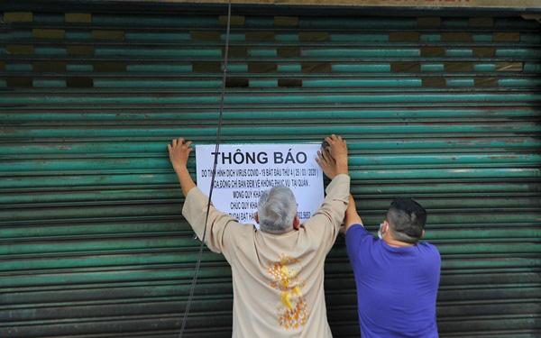 """Nỗi lòng người Sài Gòn khi đóng cửa các nhà hàng vì dịch Covid-19: """"Chúng ta cố lên! Chúng ta còn đây sinh mệnh!"""""""