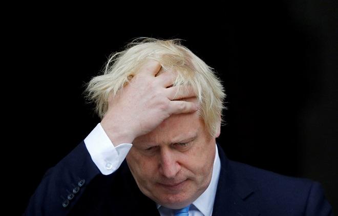 Sau 10 ngày dương tính với Sars-Cov-2, Thủ tướng Anh nhập viện