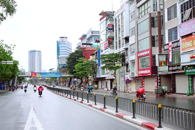 """TP HCM, Hà Nội và một số địa phương """"cách ly xã hội"""" đến 22/4"""