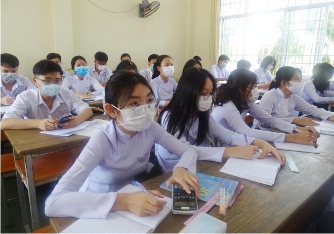 Có thể nửa đầu tháng 5 Hà Nội sẽ cho học sinh trở lại trường học tập trung