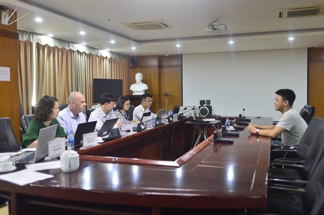 Trường đại học công lập đầu tiên tại Việt Nam phỏng vấn trực tuyến để tuyển sinh