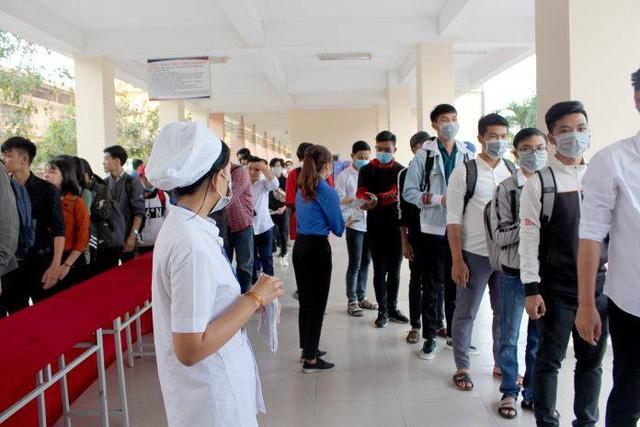 Trường đại học đầu tiên quyết định cho sinh viên đi học trở lại từ ngày 18/5