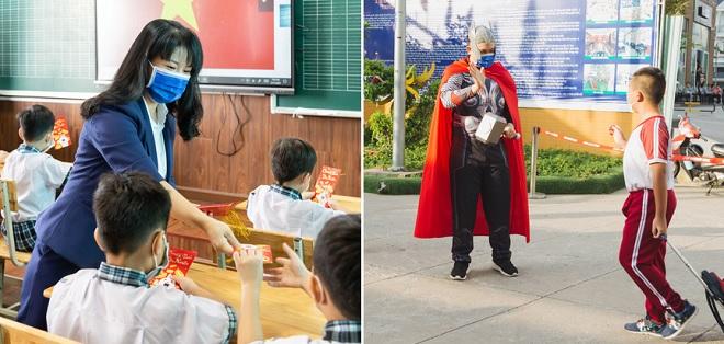 """Thầy cô hóa siêu anh hùng, lì xì nhân dịp Tết """"dài nhất lịch sử"""" trong ngày học sinh đi học trở lại"""