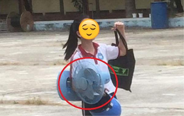 """""""Dở khóc dở cười"""" chuyện học sinh mang cả quạt điện đến trường để """"sống sót"""" qua mùa nắng nóng"""