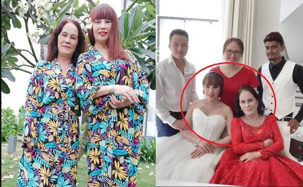 Dù mũi còn sưng sau 1 tuần phẫu thuật, cô dâu 62 tuổi vẫn tự tin chụp ảnh cưới cùng cô dâu 65 tuổi tại Đà Nẵng