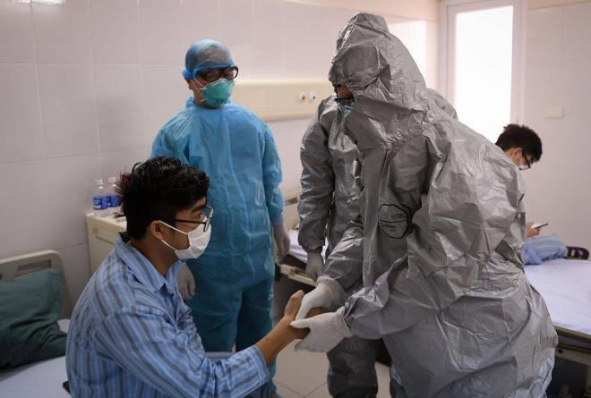 Thêm 1 ca mắc Covid-19 mới, Việt Nam có 332 người nhiễm virus corona
