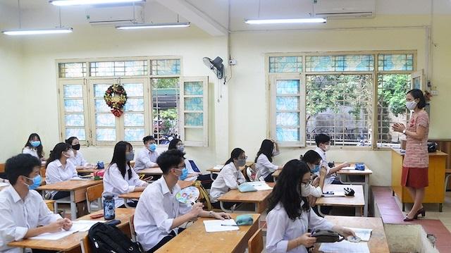 Từ hôm nay (10/6), yêu cầu cho học sinh nghỉ học buổi chiều nếu không đủ điều hòa
