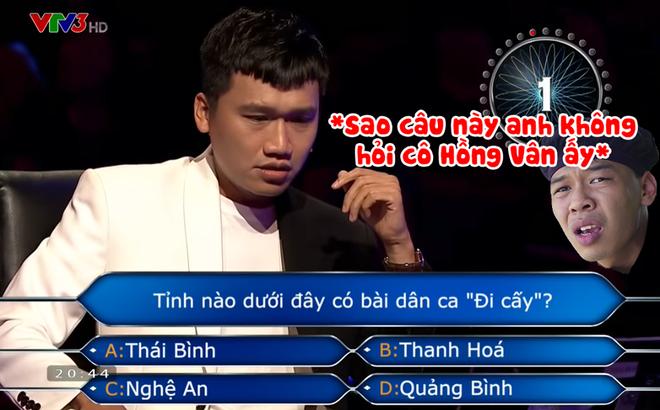 """Màn """"troll"""" nhau của 2 cây hài mới nổi Trung Ruồi - Xuân Nghị trên sóng truyền hình bất ngờ sốt MXH"""