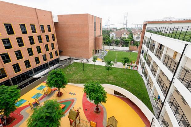 Top 10 trường THPT có học phí khủng nhất Việt Nam: Cao nhất trên 2 tỷ đồng cho 3 năm học