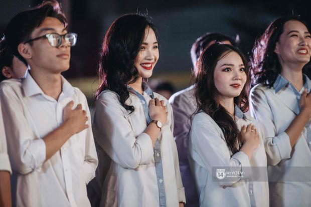 Lễ trưởng thành cuối cấp trường Kim Liên quy tụ dàn nữ sinh Hà thành đẹp long lanh