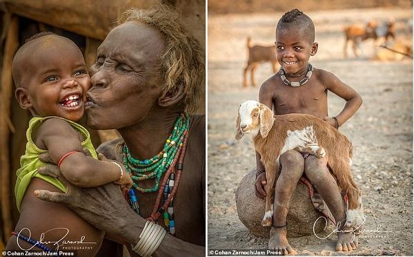 Nữ y tá kiêm nhiếp ảnh gia lột tả sự thú vị và đáng yêu của các bộ lạc châu Phi sau 12 năm vừa làm việc vừa du lịch