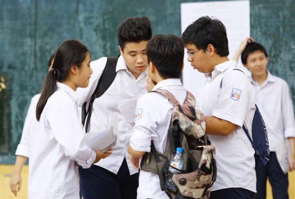 Hà Nội công bố điểm thi vào lớp 10 năm 2020 với 3 cách tra cứu điểm thi trực tuyến