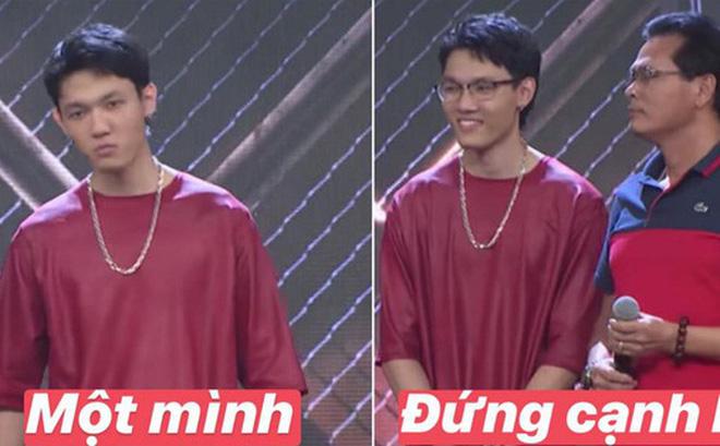 """Pha đổi """"cấu hình"""" của Tage tại Rap Việt: """"Hổ báo"""" khi đứng một mình nhưng đứng cạnh bố liền hóa """"con trai ngoan"""""""