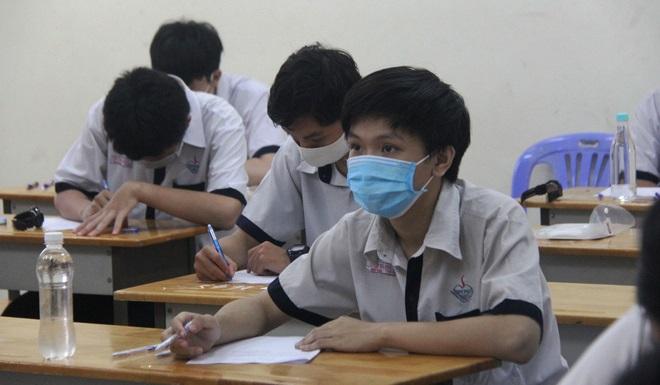 """Đề thi Ngữ văn kỳ thi tốt nghiệp THPT 2020: """"Đất nước"""" của Nguyễn Khoa Điềm"""
