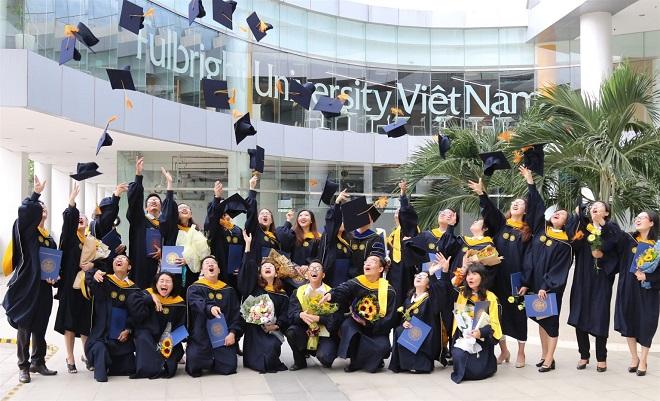 Nữ sinh mồ côi trúng tuyển Đại học Fulbright Việt Nam với suất hỗ trợ 2,2 tỷ đồng