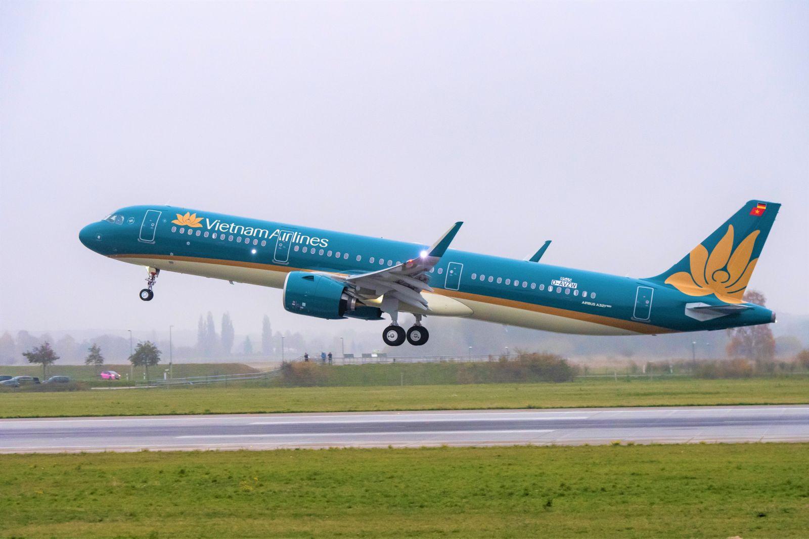 Đà Nẵng nới lỏng giãn cách, các hãng hàng không bắt đầu mở lại đường bay từ hôm nay