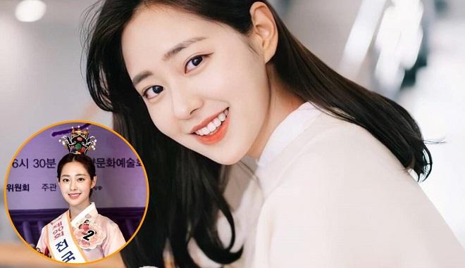 """Gây """"bão"""" với loạt ảnh đời thường long lanh, Hoa hậu Truyền thống Hàn Quốc 2020 còn có hành động """"đốn tim"""" thế này"""