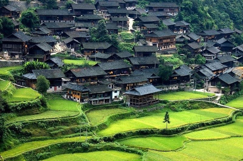 Khám phá ngôi làng cổ độc đáo 1700 tuổi ít người biết ở Quý Châu Trung Quốc