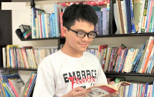 Tân thủ khoa khối B toàn quốc với 3 điểm 10 mê truyện tranh Doraemon, dự định học Bác sĩ đa khoa