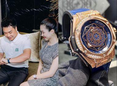 Không chỉ thoát kiếp bán túi lấy tiền làm MV mà giờ Hòa Minzy còn mua tặng chồng đồng hồ cả tỷ