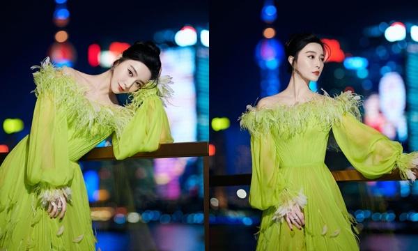 Đỉnh cao thần thái như Phạm Băng Băng, diện váy xanh...nõn chuối vẫn đẹp bất chấp