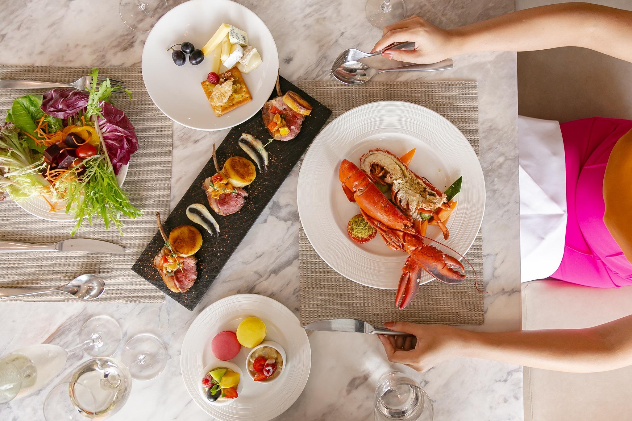 Không gì thỏa mãn bằng thưởng thức buffet sáng sang chảnh ở 5 nhà hàng tinh hoa bậc nhất Sài thành
